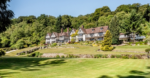 The Parent & Child Nanny Agency provides wedding and event childcare, hotel nanny and babysitting services at Gidleigh Park Hotel