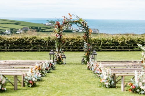 The Parent & Child Nanny Agency provides wedding and event childcare, nanny and babysitting services at The Barn at South Milton